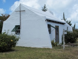 It was worth the slight detour to find Heydon Chapel, just off the Bermuda Railway Trail. Hilary Nangle photo.