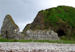 The Wee House of Malin has sheltered Inishowen visitors for centuries. Hilary Nangle photo